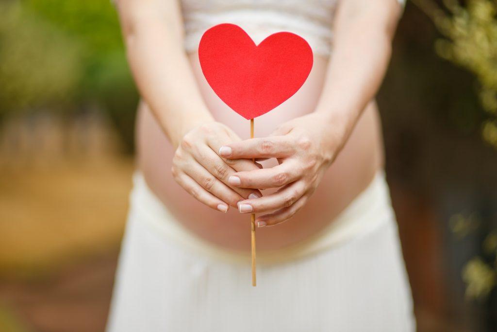 FEMME ENCEINTE BABY SHOWER